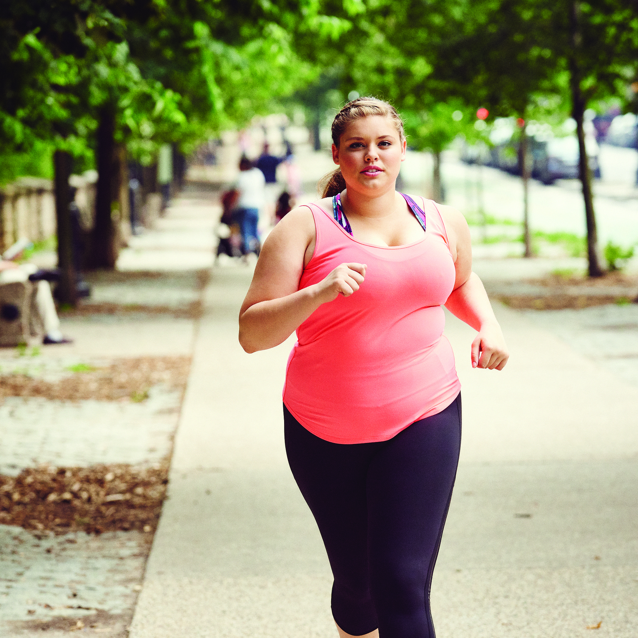 d2bef595_Women-Running-Plus-Size-Cover-Model-August-2015